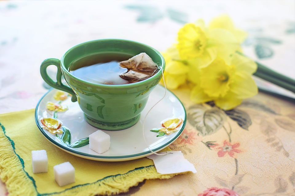 tea morning green yellow daffodils - Foods That You Should Eat to Get Rid of Diseases